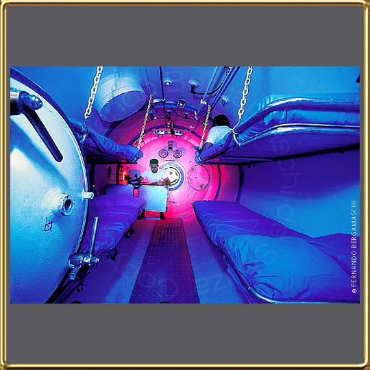 photo of hyperbaric chamber